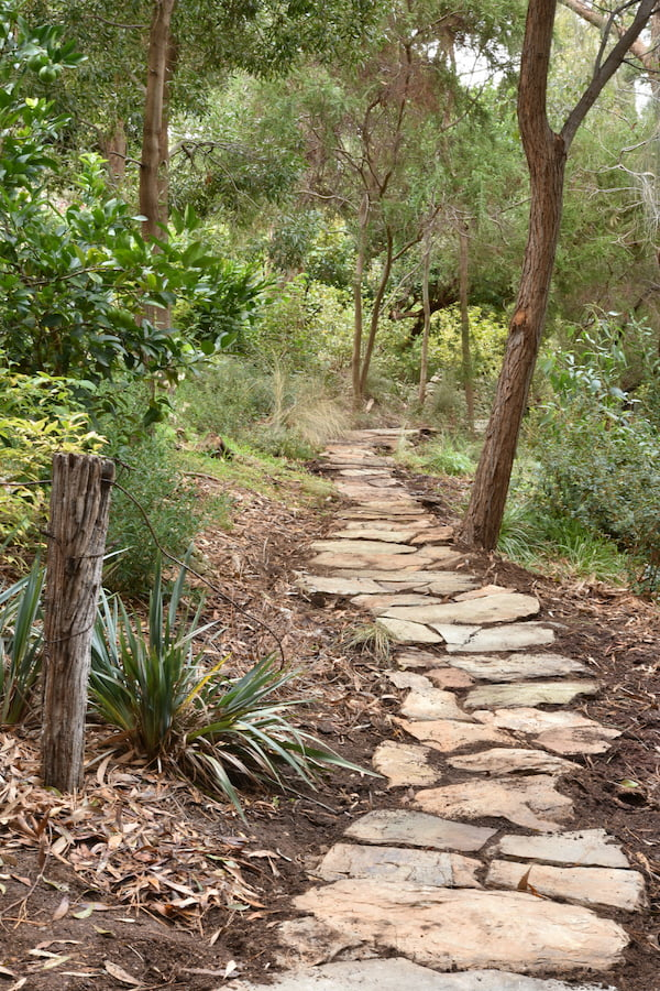 How To Find And Use Cheap Landscaping Stone Gardendrum